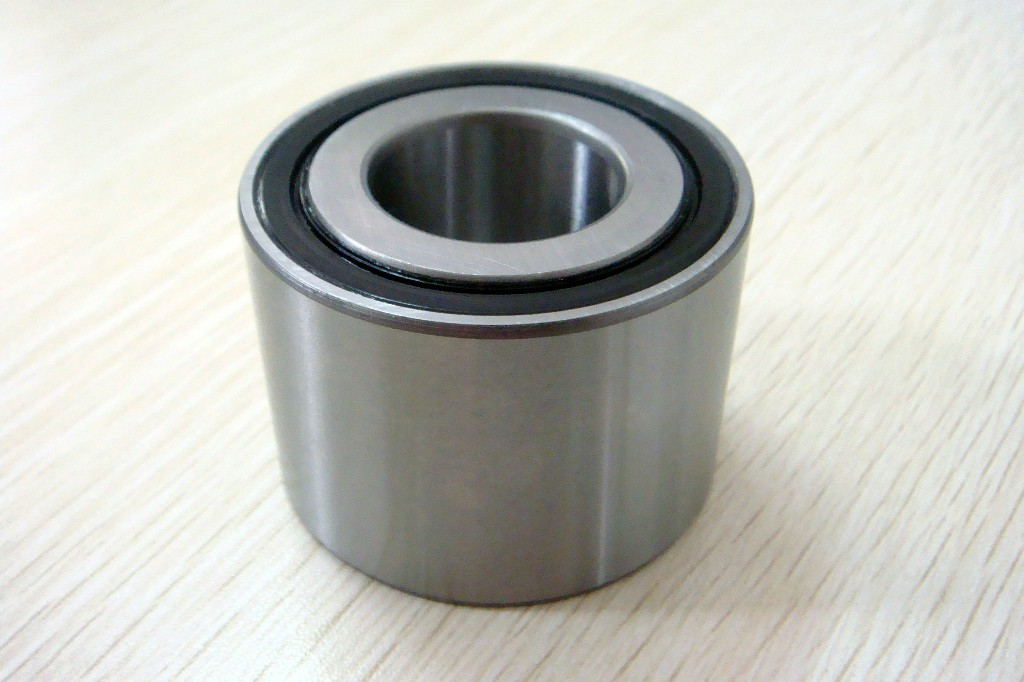 50 mm x 110 mm x 27 mm  NKE 1310 Self aligning ball bearing